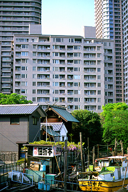 japan photo archiv wohnen in der gro stadt japanische. Black Bedroom Furniture Sets. Home Design Ideas