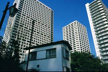 Japan Photo | living in the metropolis - Japanese society